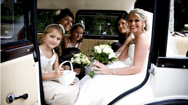 Bramwith limousine with the bridesmaids on board