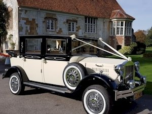 7 Seat Viscount Limousine Wedding Car